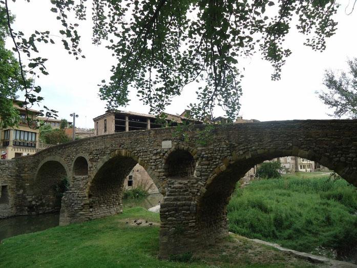 Мост Керальт в г. Вик (Каталония)