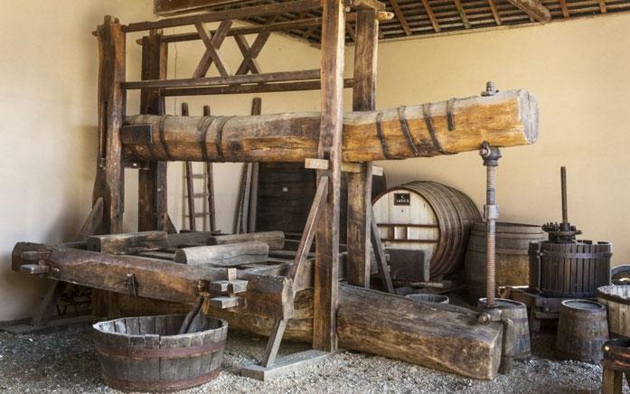 Pressoir long fût, inventé au Moyen Age