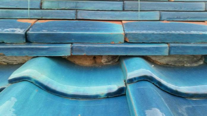 大垣市、墨俣町、安八町、瑞穂市、羽島市で屋根漆喰工事中の漆喰・屋根工事専門店。墨俣町墨俣で屋根漆喰工事/屋根漆喰工事前後
