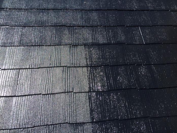 養老町、大垣市、平田町、南濃町、海津町、上石津町、輪之内町で屋根塗装工事中の養老町の屋根塗装専門店。養老町口ヶ島で屋根塗装/屋根カラーベスト上塗り塗装作業中