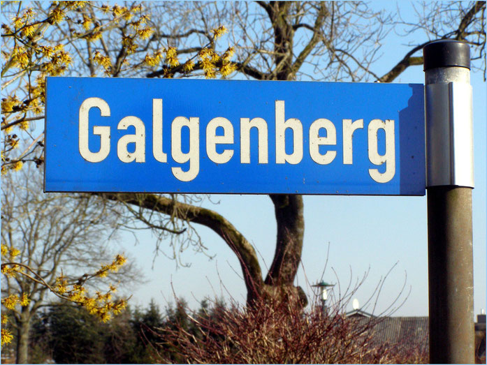 Straßenschild Galgenberg in Pöschendorf