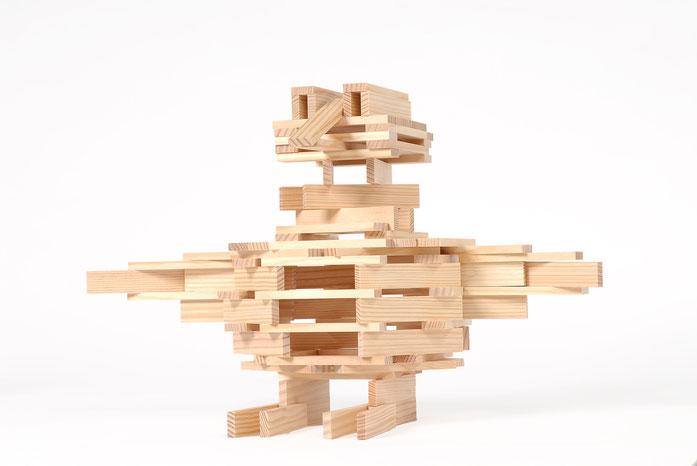 KAPLA-Bauwerk lustiger Vogel