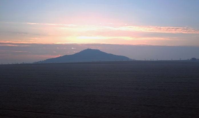 Landeskrone in der Morgensonne