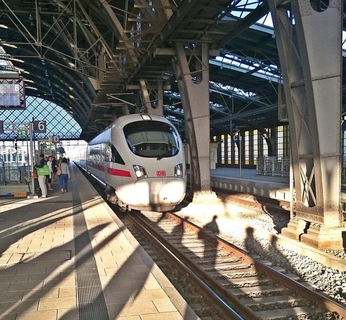 ICE-T im Bahnhof Dresden-Neustadt