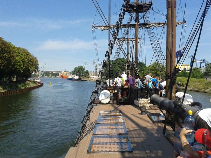 imitiertes Segelschiffimitat