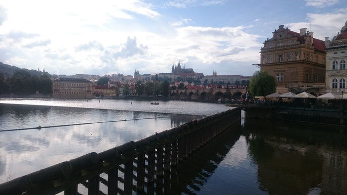 Ein Prag-Besuch ohne Karlsbrücke ist nahezu undenkbar