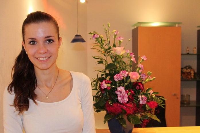 Frau Dopke - Ausbildung zur Zahnmedizinischen Fachangestellte (ZFA)