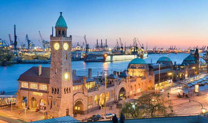Hamburger Hafen in der Dämmerung; Privatdetektive der Kurtz Detektei Hamburg