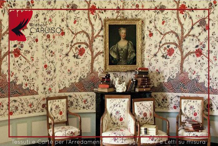 Tendaggi classici con mantovana atelier tessuti for Tessuti per arredamento vendita on line