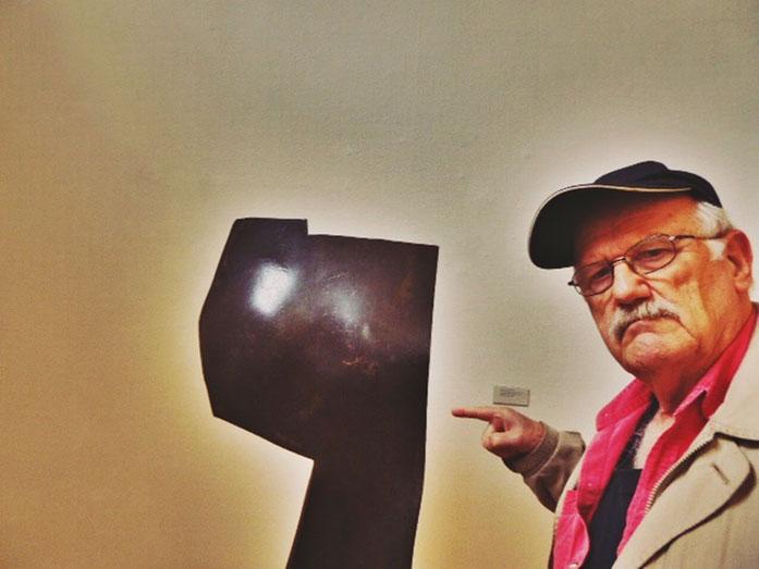 Pedro Meier – Oscar Wiggli Kunstmuseum Solothurn 2017, Konservator Dr. Christoph Vögele  – Fondation Oscar et Janine Wiggli, Muriaux bei Saignelégier. ARGOL Records, Edition IROISE. Photo »Selfie-Art-Project« ©Pedro Meier Gerhard Meier Weg Niederbipp no.4