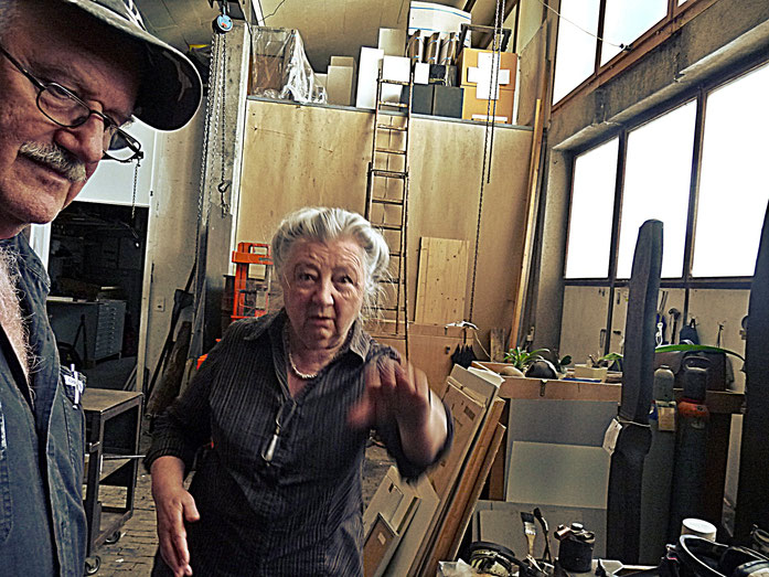 Pedro Meier und Janine Wiggli im Atelier – Fondation Oscar et Janine Wiggli – ARGOL Records - IROISE – Muriaux bei Saignelégier Jura – Photo 2010 – »Selfie-Art-Project« © Pedro Meier Multimedia Artist / ProLitteris, Gerhard Meier Weg, Niederbipp – Bangkok