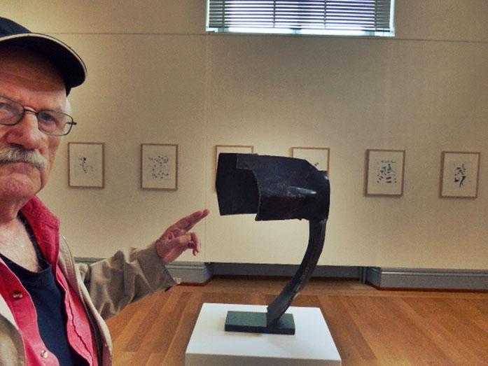 Pedro Meier – Oscar Wiggli Kunstmuseum Solothurn 2017, Konservator Dr. Christoph Vögele  – Fondation Oscar et Janine Wiggli, Muriaux bei Saignelégier. ARGOL Records, Edition IROISE. Photo »Selfie-Art-Project« © Pedro Meier, Gerhard Meier Weg, Niederbipp