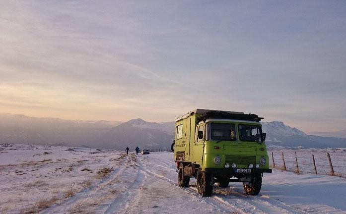 Robur Wohnmobil festgefahren Montenegro Durmitor