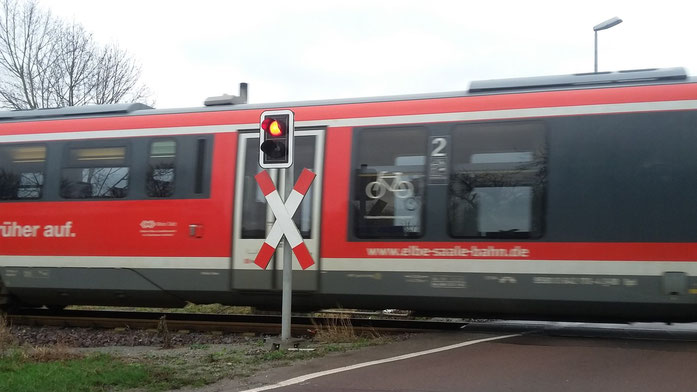 Wichtige Straßensperrungen und Umleitungen im Zuständigkeitsbereich der unteren Straßenverkehrsbehörde des Salzlandkreises für das klassifizierte Straßennetz (Bundes-, Landes- und Kreisstraßen)