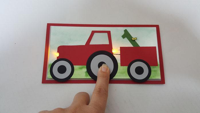 Karte zum 1. Geburstag, Geburtstagskarte Bub, Traktor, Blinken, Leuchten, LED Karte, Diode, Stampin Up, Stempelkiste, Geburtstag Kind