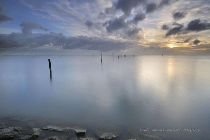 147. Palen in het IJsselmeer