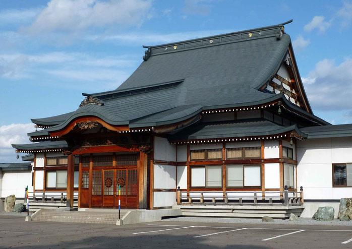 東川寺本堂・側面