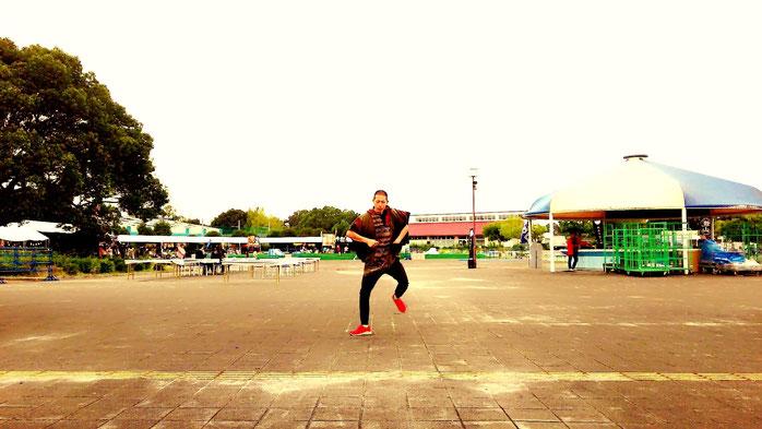 日本一でかいアクロバットダンサー