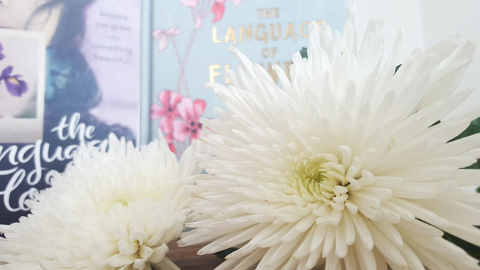 Chrysanthemen; The language of flowers; Die verborgene Sprache der Blumen; Vanessa Diffenbaugh; Mandy Kirkby; live4happiness2day; bloggingforinspiration; 30daysofflowers; 30TageProjekt