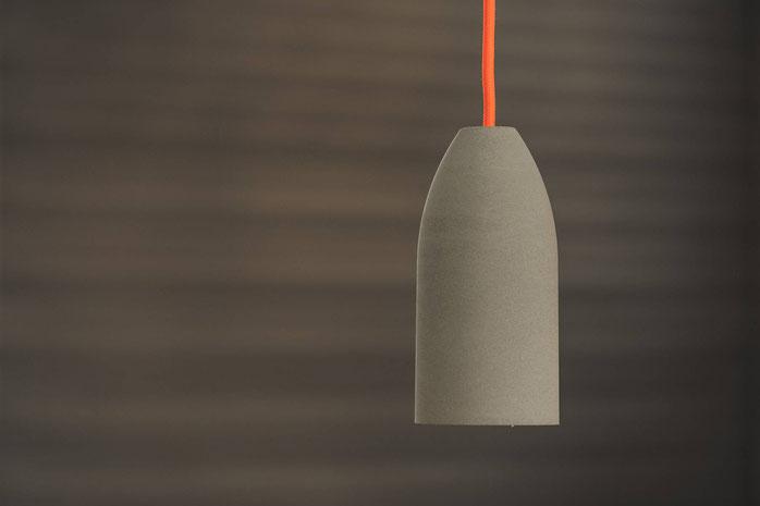 Betonlampe Dark Edition Textilkabel neon orange