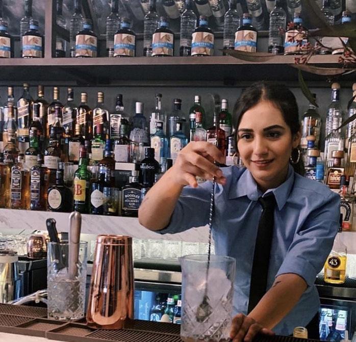 Fernanda Olvera mixologist