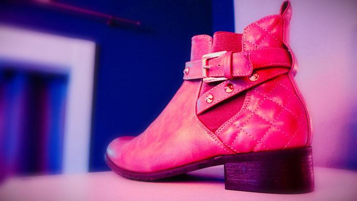 Reparierter Damen-Stiefel in Echtleder