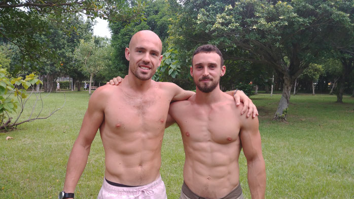 Devin Kelley and Guizard Théophile - Philosport - One arm handstand progression