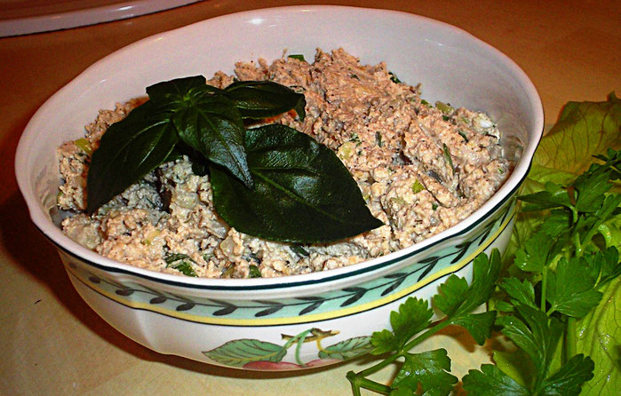Vegane Leberwurst mit Pilzkraut
