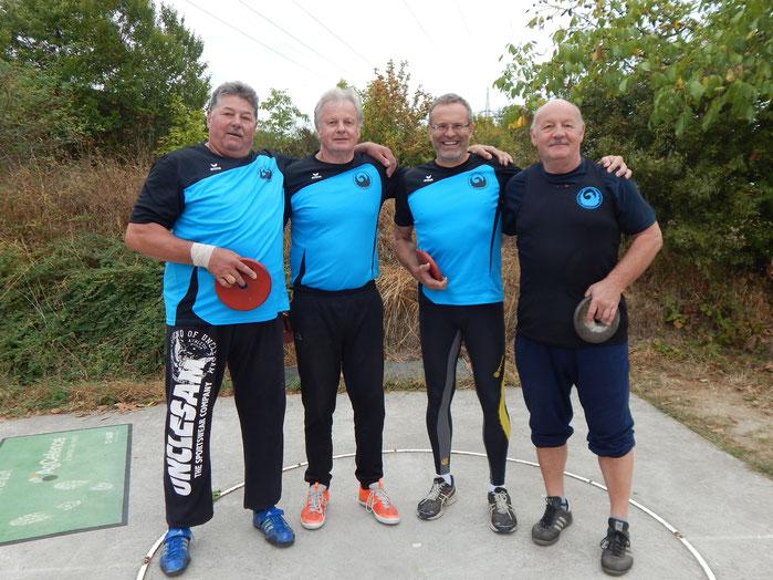 Das M-60-Team (v. l. n. r.: Norbert Gundermann, Gerhard Zachrau, Dr. Klaus Lutter und Bernhard Tretter).