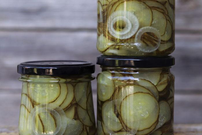 eingelegte Salatgurken