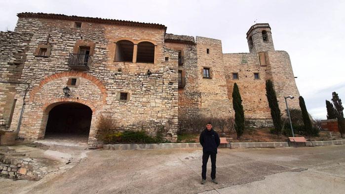 Монтфалько - город крепость в Каталонии