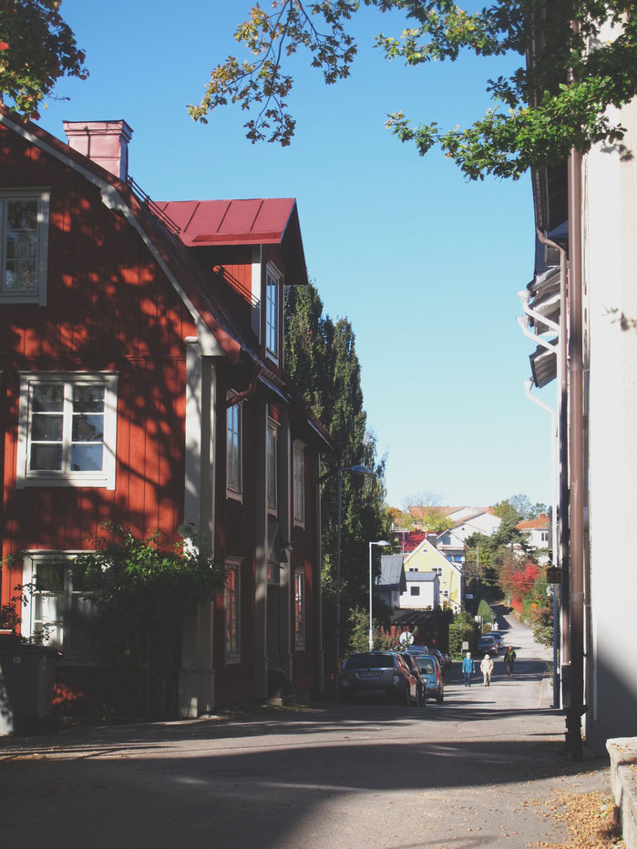 rue vaxholm maison bois rouge
