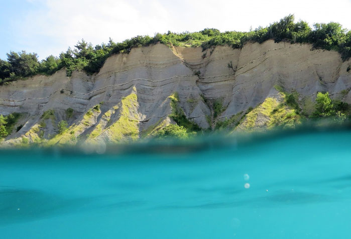 Cliffs/Falesie - view from the sea
