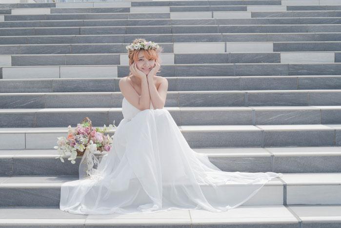 結婚式に付けたいヘッドドレスやヘアアクセサリーや花冠