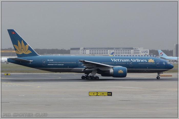 VN-A149 B777-2Q8ER 32716/518 Vietnam Airlines @ Frankfurt Airport 22.10.2014  © Piti Spotter Club Verona