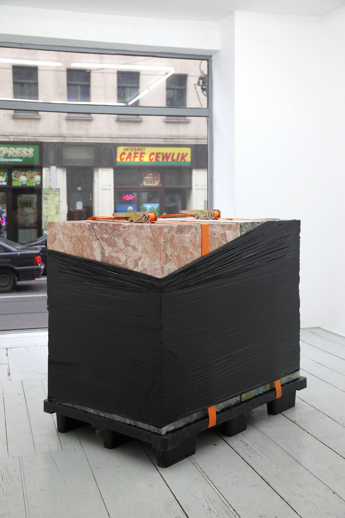 Christian Holze tumblr art zeitgenössische kunst artist christianholze postinternet leipzig berlin künstler maler painting sculpture exhibition ausstellung