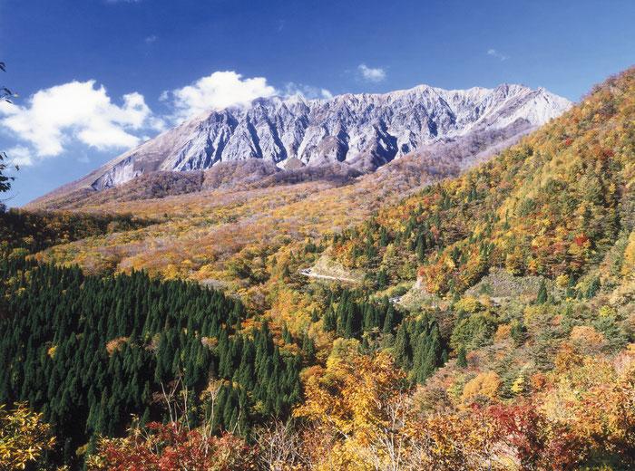 大山 (鍵掛峠からの大山)