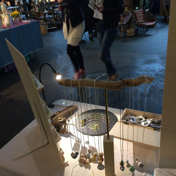 Schmuckdisplay aus Treibholz, Messestand Belle Accessoires beim Designmarkt Innsbruck