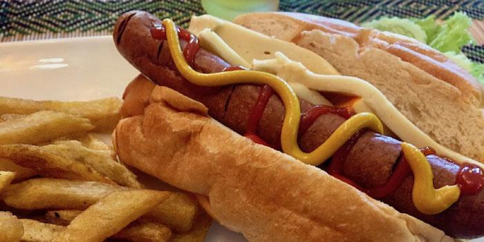 hot dog vegan heaven chiang mai