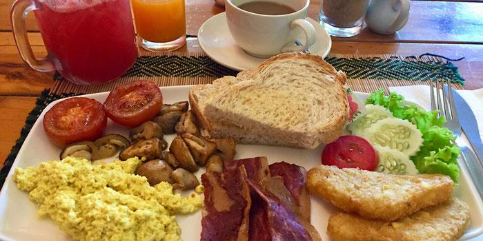 breakfast vegan heaven chiang mai