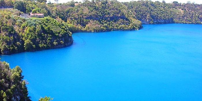 blue lake australia