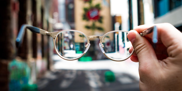 Choosing the Right Glasses for Travel