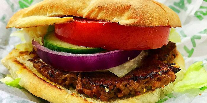 vegan burger from istvanffi veggie burger