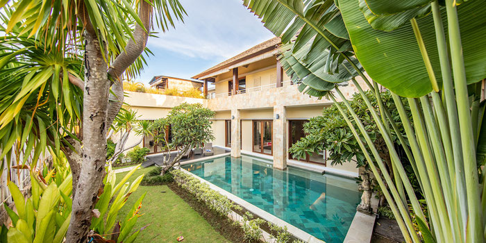 How I Lived in Luxury in Southeast Asia Free for 8 Months