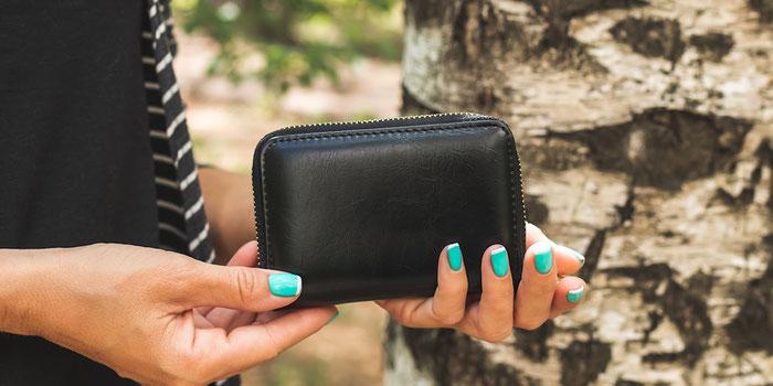Minimalist Anti-Theft Travel Wallet