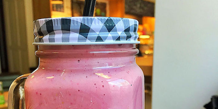 almond milk smoothie at budapest bakery & cafe