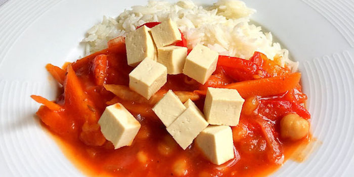 mango tofu, chickpeas and rice at samsara food house cluj romania