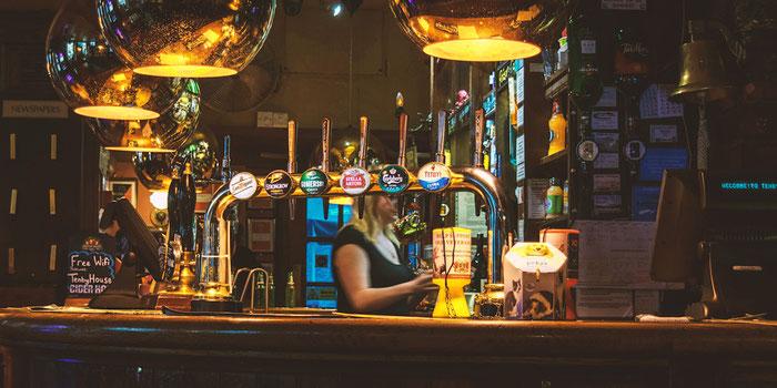Pub bartender
