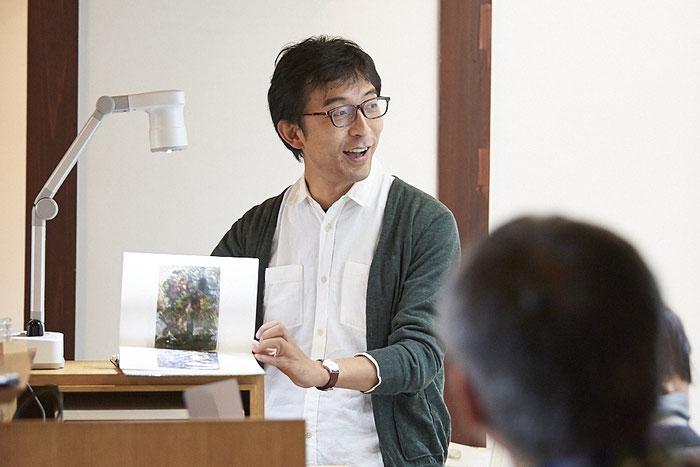 鶴松の落書きが海外のアーティストと並べて論じられると、五城目の景色が変わって見える。