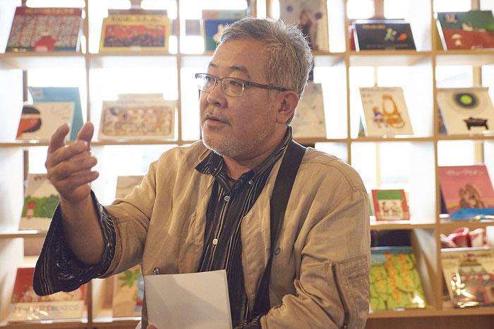 「あの落書き帳は、自分たちの記憶をポジティブに捉えるためのエネルギーになったのでは」と藤先生。